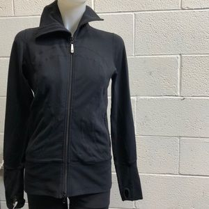 Lululemon black jacket, sz 6, 61576